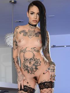 Leigh Raven profile image